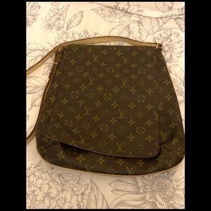 Louis Vuitton-Crossbody